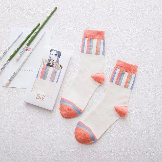 橘粉色條紋長襪