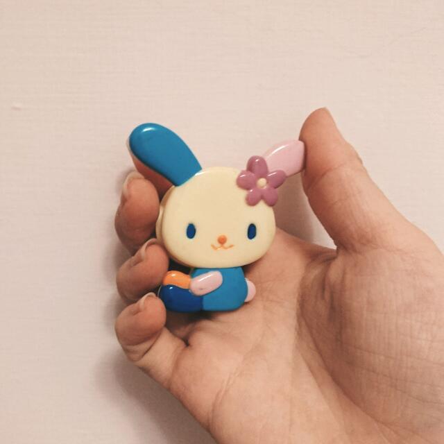 贈送 三麗鷗小花兔文件夾