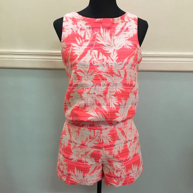ANN TAYLOR Summer Cropped top and Shorts