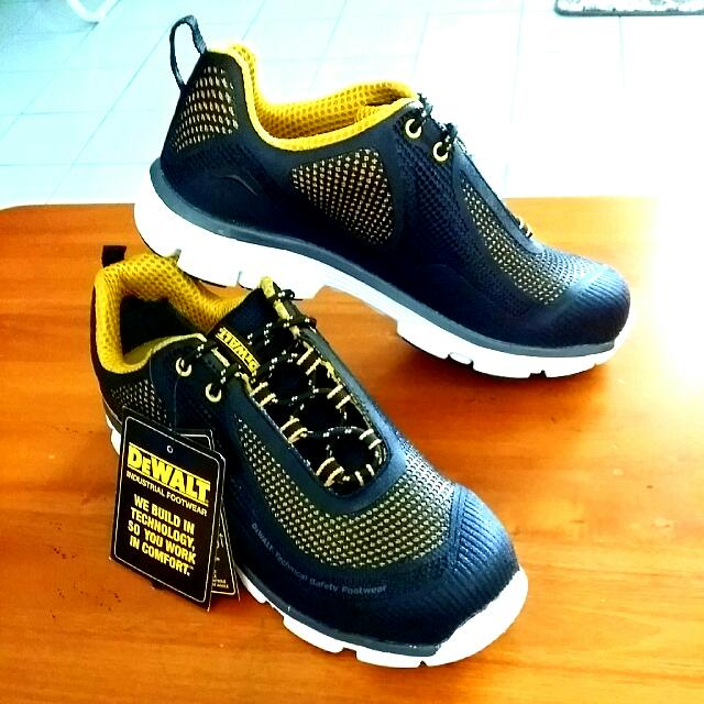 DeWalt Krypton Safety Trainers Mens Safety Trainers Black Steel Toe Caps