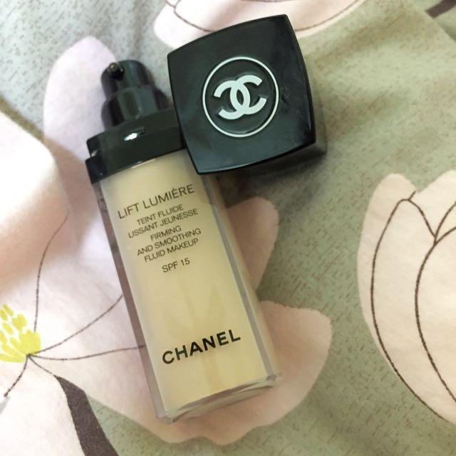 Chanel 粉底液