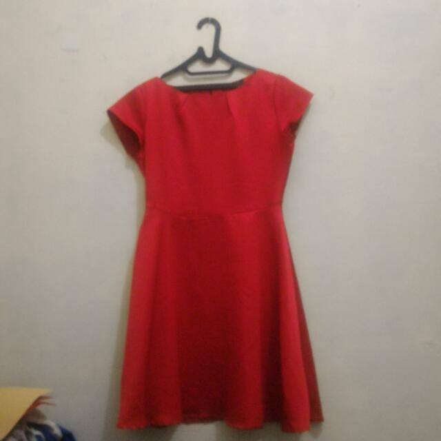 Chanira Red Dress Medium Length