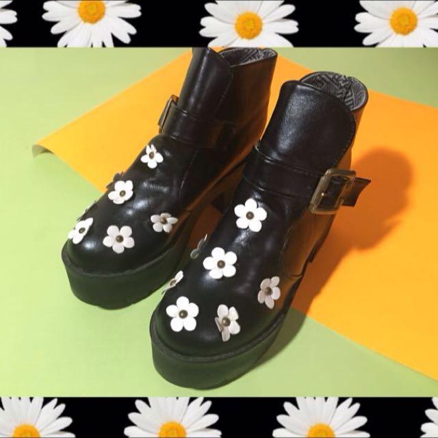 Daisy Boots