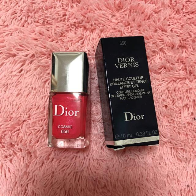 近全新Dior指甲油