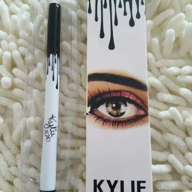 Kylie Eye Liner