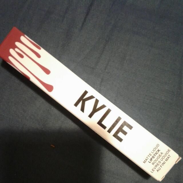 "Kylie Lipstick ""Reign"""