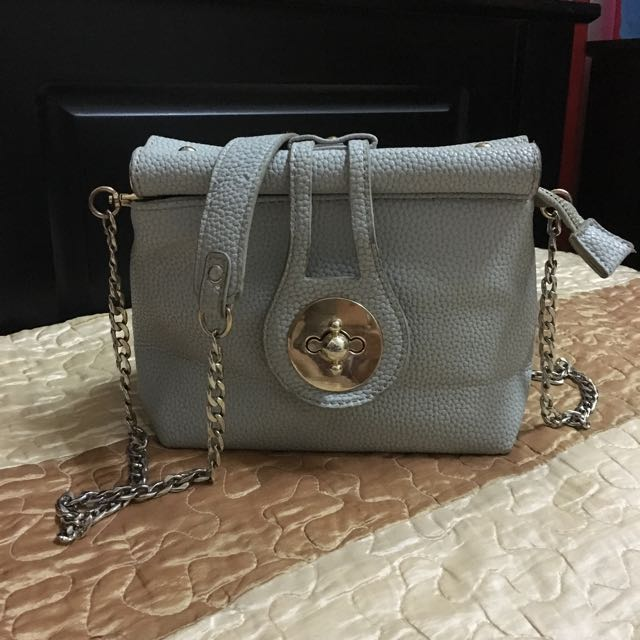 Ladies Sling Chain Bag