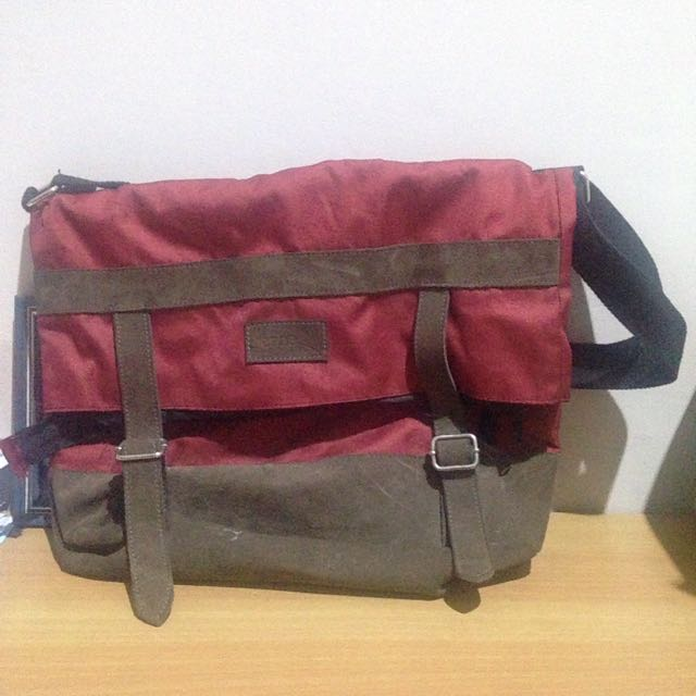 LIENZO Local Brand Sling Bag