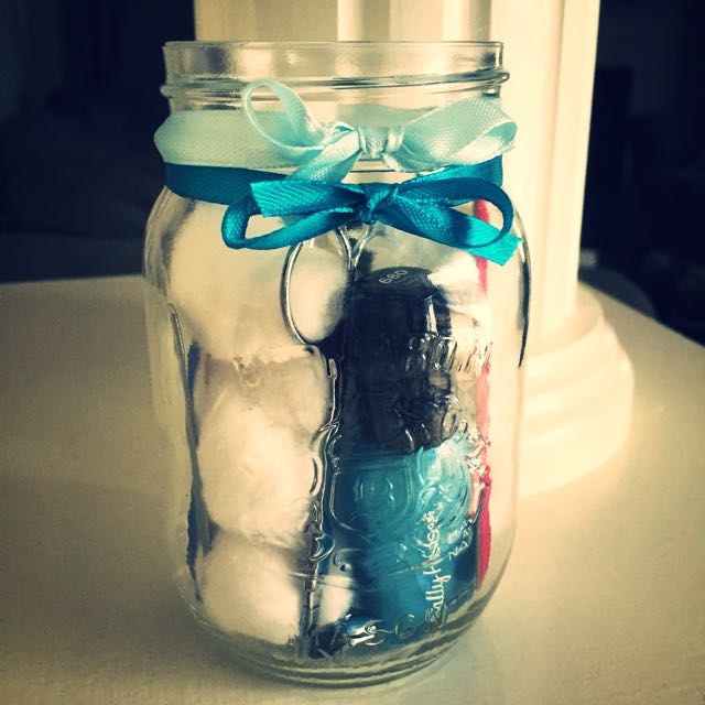 "Manicure In A Jar ""Frozen"" Edition"