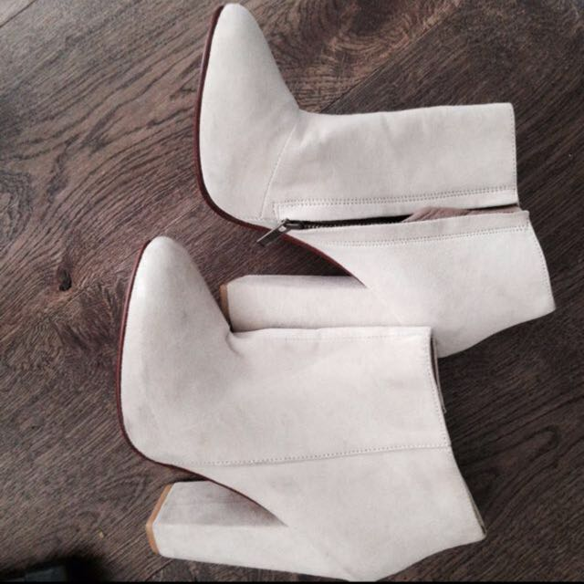 Maurie And Eve Suede Boots