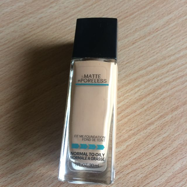 Maybelline Fit Me Foundation (235)