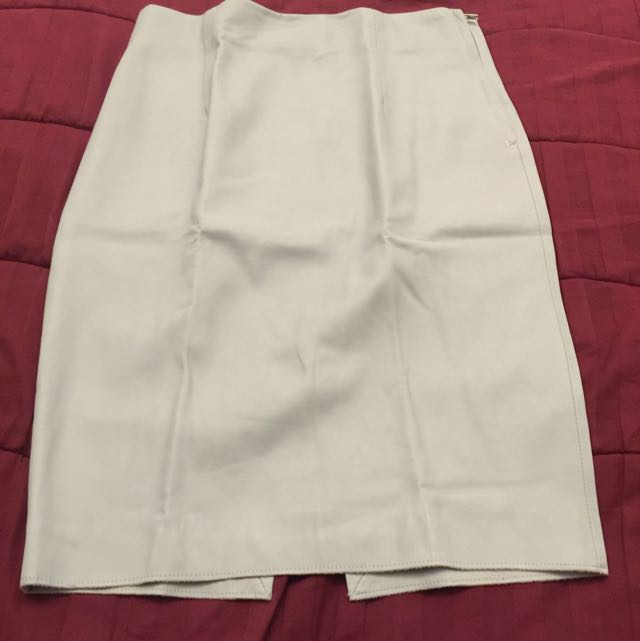 Preloved Rok Zara