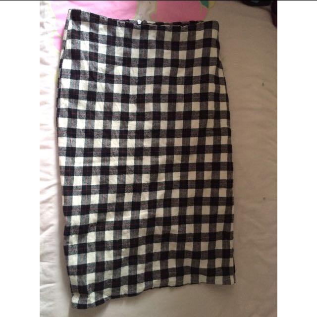 Skirt Bundles (4 Pcs)
