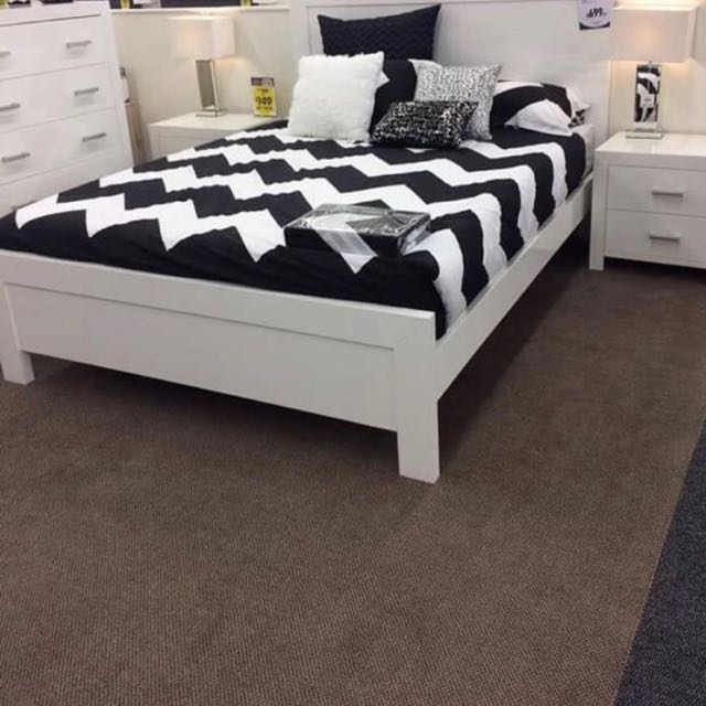 White Glossy Bedroom Suite