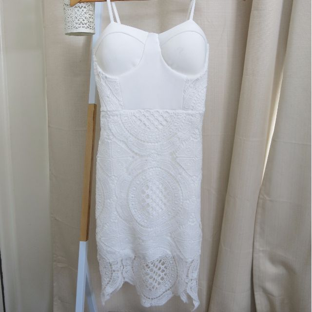 White Lace Bodycon Dress - Tight Fitting