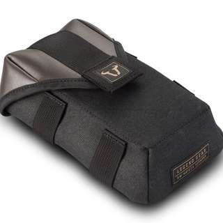 SW-MOTECH Legend Gear LA1 accessory bag. 0.8 l. Splash-proof.