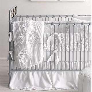 Restoration Hardware Baby & Child - Floral appliqué Crib Bumper (white) (washed appliquéd Fleur)
