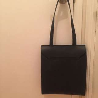 Everlane-Black Tote Leather bag