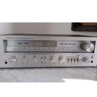 Vintage Pioneer SX-750 Amplifier Receiver