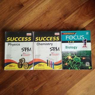 Success SPM Chemistry&Physics | Focus SPM Biology Reference Books