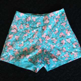 Valley Girl Shorts Size 8