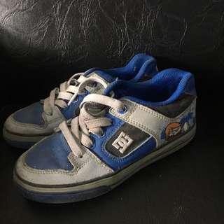 Dc Shoes Kids Sz 30.5