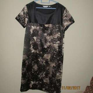 Dress Mint Black Size 10