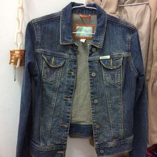 Hollister美國購入全新外套