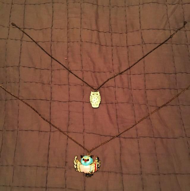 2x Adorable Owl Necklaces