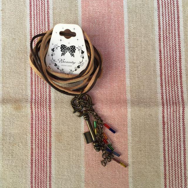 皮繩銅製項鍊