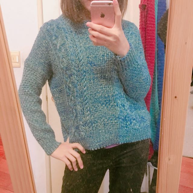 藍綠色針織毛線上衣