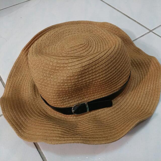 皮革裝飾率性草編帽