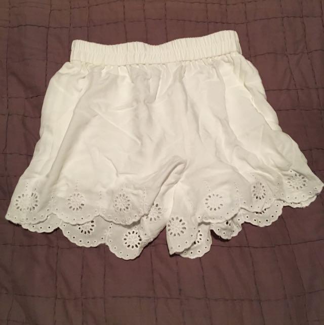 Cute White Shorts Sportsgirl