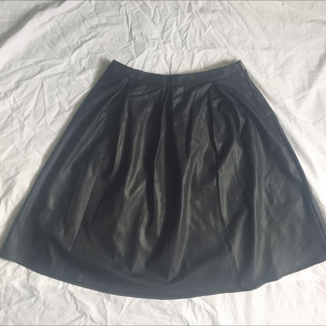 Dorothy Perkins leatherette skirt