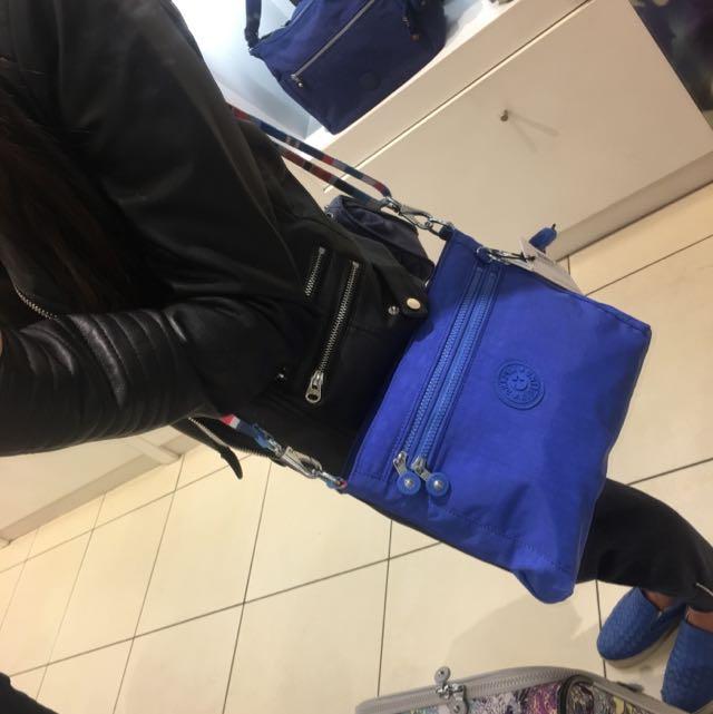 Kipling 美國購入藍色肩背/斜背包