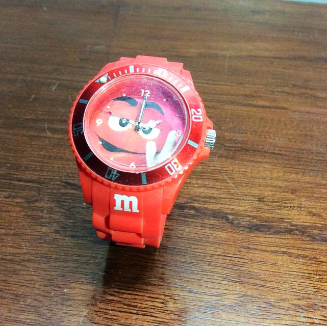 M&M Watch (FREE SHIPPING)