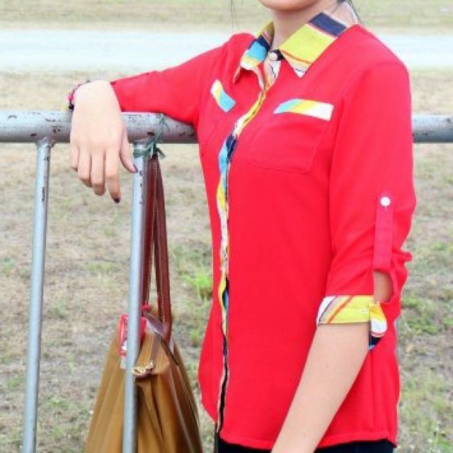 Red 3/4 blouse