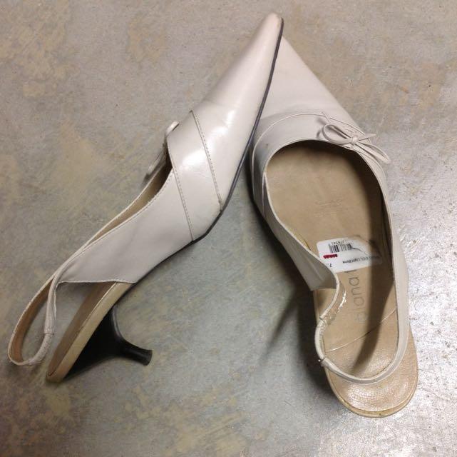 Diana Ferrari Sandal Low Heels