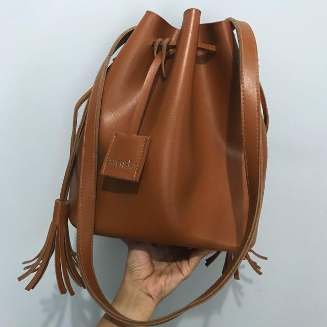 Sevenska Brown Sling Bag - Tas Serut Coklat