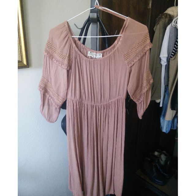 Tree of Life Off Shoulder Dusty Pink Paper Daisy Dress