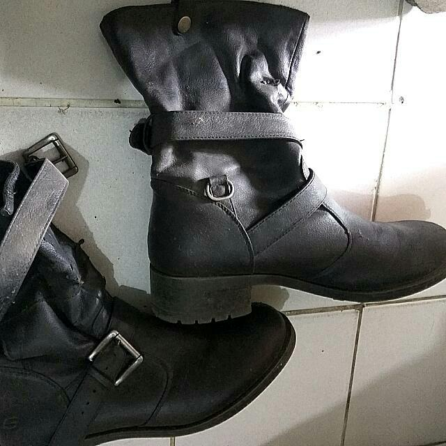 Reprice Woman Boots Skechers