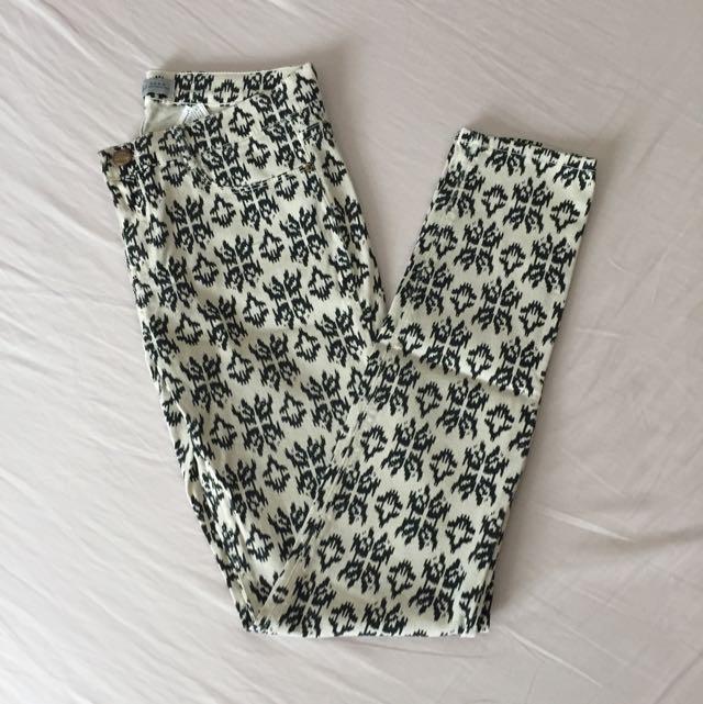 UNUSED Zara Trafaluc Jeans
