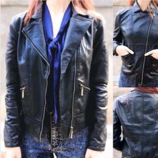 Cara black leather Size L (Gowigasa)