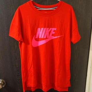 全新Nike 紅色短袖上衣