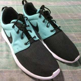 NIKE ROSHE TIFFANY (Limited Edition)
