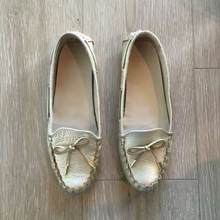 Cole Haan Gold Loafers (Size: 37)