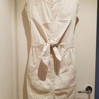 Marc Jacobs Front Tie Dress Beige US Size 6 Front Pockets