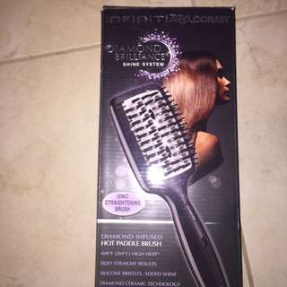 Infinity Diamond Straightening Brush