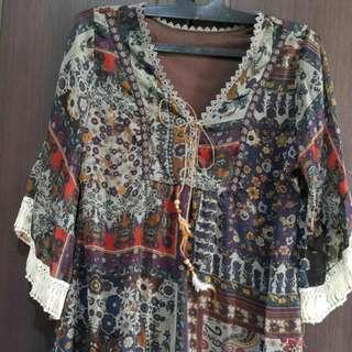 Blouse Bercorak Batik