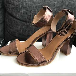 Rubi Shoes. Size 36